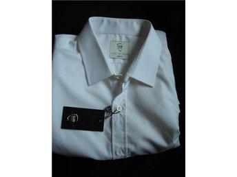 SIR vit skjorta för högtid - Hisings Backa - SIR vit skjorta för högtid - Hisings Backa
