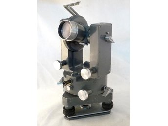 PZO T30 Theodolite with bullet box, scale: 400