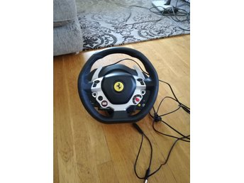 Thurstmaster tx racing wheel ferrari 458 italia edition