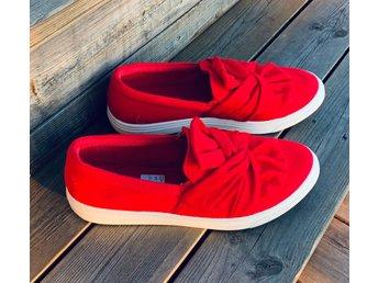 snygga röda skor