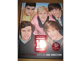 "Inbunden bok: 100% official 1D ""Dare to dream life as One Direction"". - Blentarp - Inbunden bok: 100% official 1D ""Dare to dream life as One Direction"". - Blentarp"
