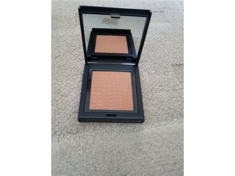 Bronzing powder från make up store