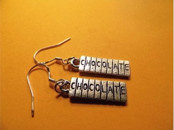 Chokladkaka örhängen / Chocolate bar earrings