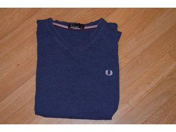 FRED PERRY t-shirt storlek M