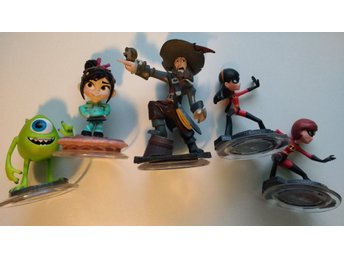 Disney Infinity 1.0 5 figurer Incredibles Pirates Monsters