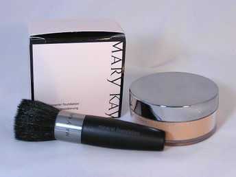 MARY KAY Mineral powder foundation IVORY 2. MARY KAY. Brush - Sumy - MARY KAY Mineral powder foundation IVORY 2. MARY KAY. Brush - Sumy