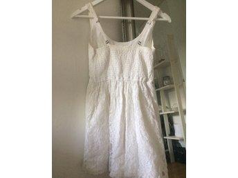 Hollister fina spets klänning st S - örebro - Hollister fina spets klänning st S - örebro