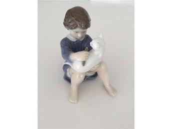 Royal Copenhagen Figurin, Barn kammar katt - örebro - Royal Copenhagen Figurin, Barn kammar katt - örebro