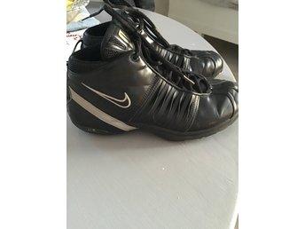 Nike skor träningsskor st. 38