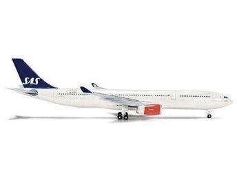 Herpa SAS Scandinavian Airbus A330-300 SE-REE 1/200 - Karlstad - Herpa SAS Scandinavian Airbus A330-300 SE-REE 1/200 - Karlstad