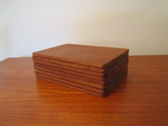 STORA BORDS BRICKOR 8st MASIV TEAK 18x12,7cm RETRO