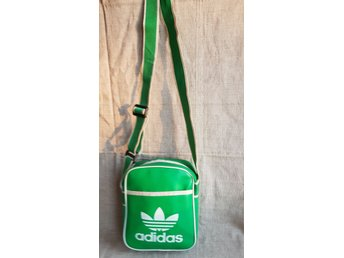Adidas Classic Mini Bag Retro Vintage Konstläder 8090 talet Trend Nostalgi
