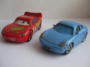 Cars Bilar Disney 2st metall - Mcqueen & Sally  C10-47