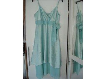 Mint grön klänning SAINT TROPEZ stl.L - Vikingstad - Mint grön klänning SAINT TROPEZ stl.L - Vikingstad