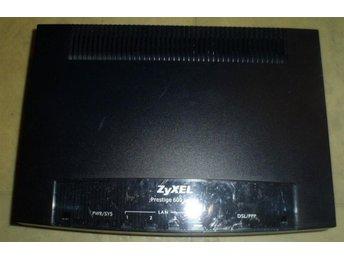 Javascript är inaktiverat. - Brunflo - Jag väljer att sälja ut denna Zyxel Prestige 660H Triple Play Modem .... perfekt kanske om du behöver reservdelar,, till din Zyxel Prestige 660H Triple Play Modem?,..Det som syns på bilderna är det jag säljer som sagt jag vet inget mer om  - Brunflo