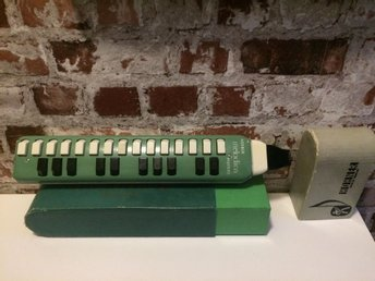 VINTAGE BOXED HOHNER MELODICA SOPRANO 60-tal