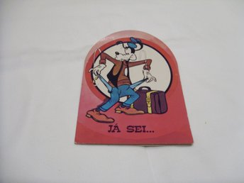 Walt Disney Goofy with suitcase Retro äldre vykort postcards from Portugal