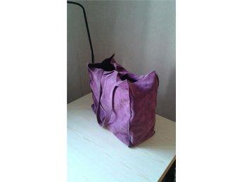 Mocca Mocka väska från INDISKA. Härlig rosa lila färg. Rymlig och snygg. - örebro - Mocca Mocka väska från INDISKA. Härlig rosa lila färg. Rymlig och snygg. - örebro