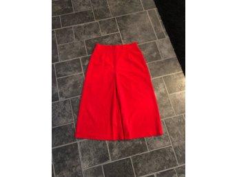 75ce26ec39ac Röd kjol från 70-talet jul vintage retro (333990652) ᐈ Köp på Tradera