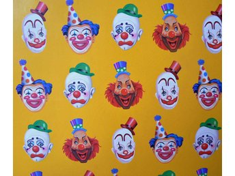 Presentpapper Creepy clown