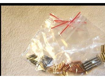 Javascript är inaktiverat. - Bollnäs - Populära ½tum tuber. 5-pack i färgerna svart, silver, guld, koppar och mässing. 10st tuber i varje färg - Bollnäs