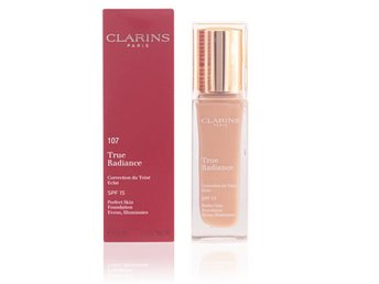 foundation 107 clarins true radiance