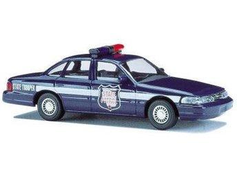 Busch 49075 - Ford Crown H0 - Ord.pris 95:- - Munka-ljungby - Busch 49075 - Ford Crown H0 - Ord.pris 95:- - Munka-ljungby