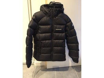 Peak Performance svart Frost down jacket storlek S