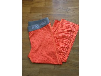 Nike PRO tights strl 146-156 barnstorlek large