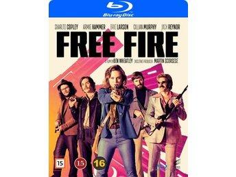 Javascript är inaktiverat. - Nossebro - Free Fire är en rafflande thrillerkomedi om en illegal vapenaffär som går fel.SKÅDESPELARE:Armie HammerBabou CeesayBrie LarsonCillian MurphySam RileySharlto CopleyÖVRIGT:Releasedatum: 20170925Mediatyp: Blu-rayAntal skivor: 1Produktionsår: - Nossebro