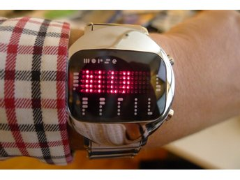 Morse Code Watch - Tokyoflash