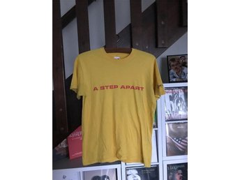 A Step Apart t-shirt (small) (Hardcore Punk SXE Straight Edge)