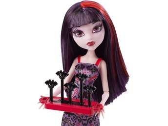 Elissabat - Ghoul Fair - Monster High docka