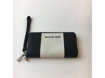 michael kors plånbok vit
