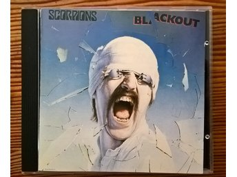 "SCORPIONS ""blackout"" original CD"
