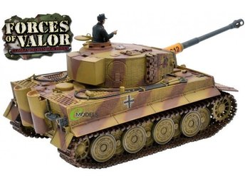 Unimax Forces of Valor RC 1/24 scale German Tiger tank - diecast - low reserve!