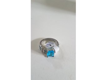 SILVER RING SIZE 8 (17-18)