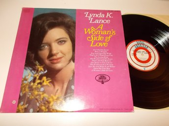 LYNDA K. LANCE - A woman's side of love, LP Royal American USA Lloyd Green
