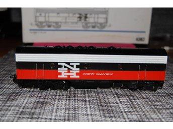 Märklin 4062, New Haven, Typ EMD F7-B-unit - Uddevalla - Märklin 4062, New Haven, Typ EMD F7-B-unit - Uddevalla