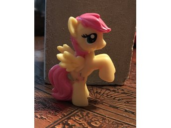 Fluttershy - My Little Pony blindbag (blind bag) Hasbro