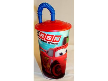 3D Disney  Cars Mc Queen mugg resemugg med sugrör