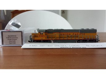 Atlas 49152 SD-60 Union Pacific 5985 i Kartong