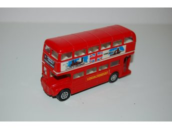 London Routemaster Bus Vintage Diecast Seerol av Seener Ltd - made in UK - 1:64
