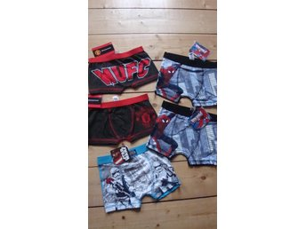 5 par boxershorts! Spiderman,Manchester United och Star wars .3-4 år