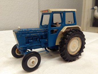 Britains LTD Ford 5000 Traktor Samlarbil
