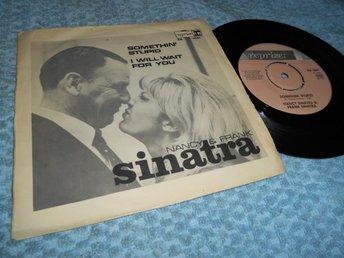 Nancy & Frank Sinatra Somethin' Stupid (si) Sve 67 VG++/VG - Göteborg - Nancy & Frank Sinatra Somethin' Stupid (si) Sve 67 VG++/VG - Göteborg