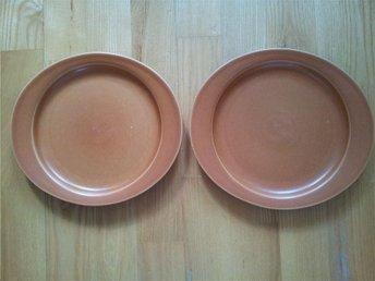 Höganäs Keramik 2 st oval assietter i terracotta / sienna - Göteborg - Höganäs Keramik 2 st oval assietter i terracotta / sienna - Göteborg