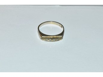 Ring vitguld m. briljanter 18k 2,9g 16916:1 l.nr 5194