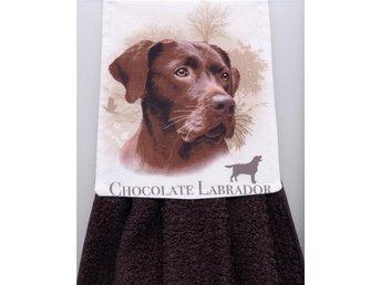 Spishandduk, välsydd. Chokolad färgad Labrador TITTA! - Grytgöl - Spishandduk, välsydd. Chokolad färgad Labrador TITTA! - Grytgöl