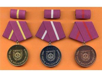 DDR, Östtyskland , medalj för trogen skyldighet uppfyllelse. - Nuernberg - DDR, Östtyskland , medalj för trogen skyldighet uppfyllelse. - Nuernberg